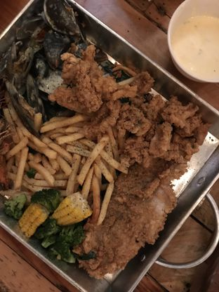 Foto 1 - Makanan di Fishology oleh Vici Sienna #FollowTheYummy