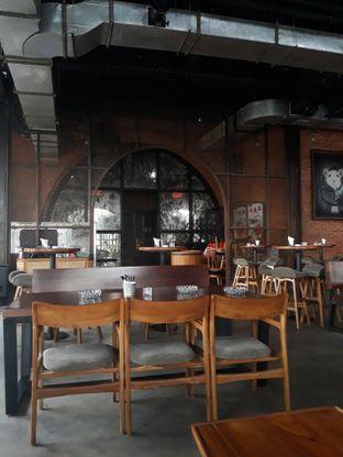 Foto 6 - Interior di The Brotherhood oleh Mouthgasm.jkt