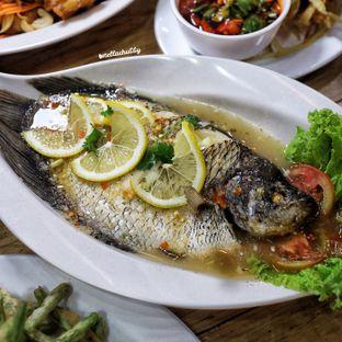 Foto 12 - Makanan(Pla neung ma naow) di Bolan Thai Street Kitchen oleh Stellachubby