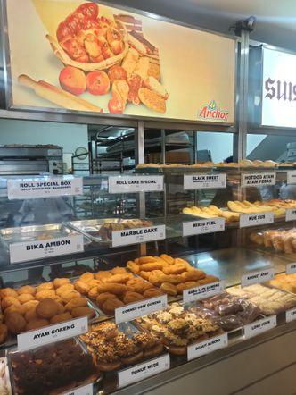 Foto Interior di Suisse Bakery