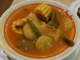 Foto 2 - Makanan di Bon Ami Restaurant & Bakery oleh Amrinayu