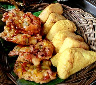 Foto 5 - Makanan di Alas Daun oleh chiangvero