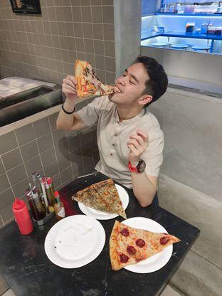 Foto 6 - Interior di Sliced Pizzeria oleh @christianlyonal