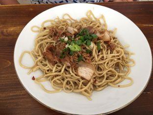 Foto 2 - Makanan di Bakmi Ahiung Khas Jambi oleh Marsha Sehan