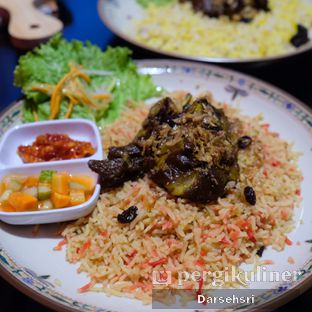 Foto 1 - Makanan di Mid East Restaurant oleh Darsehsri Handayani