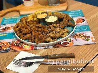 Foto 1 - Makanan(Snack Platter) di Twist n Go oleh Debora Setopo