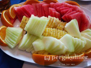 Foto 1 - Makanan(Fruit Platter) di Eastern Opulence oleh Rifky Syam Harahap | IG: @rifkyowi