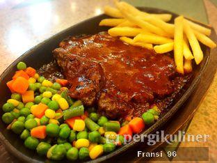 Foto 5 - Makanan di Doner Kebab oleh Fransiscus