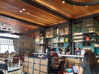 Foto Interior di Djournal Coffee