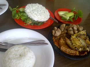 Foto 2 - Makanan di Warung Bu Kris oleh Review Dika & Opik (@go2dika)