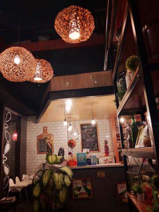 Foto 2 - Makanan di Pojok Nasi Goang oleh Ong Eng Say