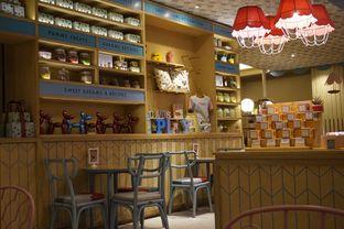 Foto 15 - Interior di Colette & Lola oleh yudistira ishak abrar