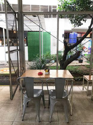 Foto 19 - Interior di Loko Cafe oleh yudistira ishak abrar