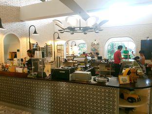 Foto 2 - Interior di Trafique Coffee oleh ig: @andriselly