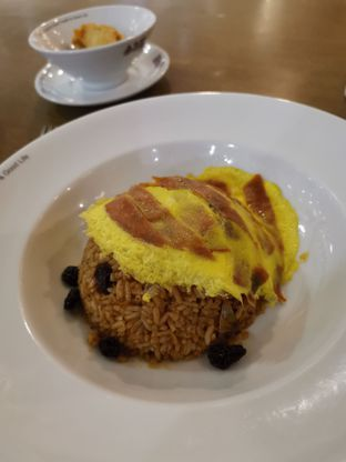 Foto - Makanan(American Fried Rice with Beef Ham Omelet ) di Black Canyon Coffee oleh Angela Debrina