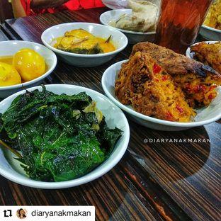 Foto - Makanan di Padang Express oleh Nicole || @diaryanakmakan