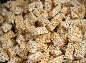 Nggak Nyangka, 5 Cemilan Enak Ini Dibuat dari Nasi Sisa