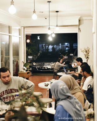 Foto 9 - Interior di Brewang Coffee oleh Eat and Leisure
