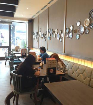 Foto 10 - Interior di Hong Kong Cafe oleh Prajna Mudita