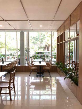 Foto 13 - Interior di Dailydose Coffee & Eatery oleh yudistira ishak abrar