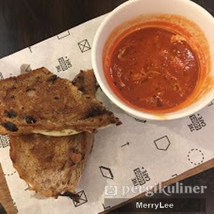 Foto 2 - Makanan(Tomato Soup) di The Goods Cafe oleh Merry Lee