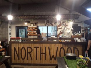 Foto 1 - Interior di North Wood Cafe oleh Bramantyo Saptian