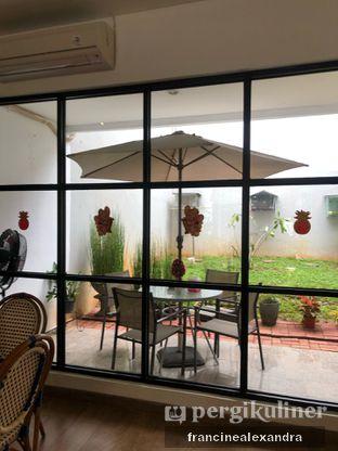 Foto 6 - Interior di Olive Tree House of Croissants oleh Francine Alexandra