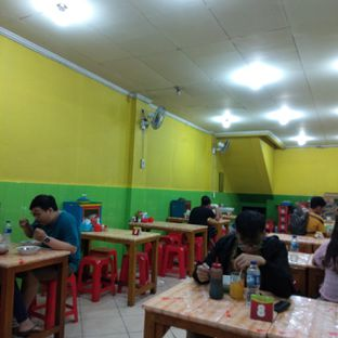Foto 3 - Interior di Bakso Solo Samrat oleh felita [@duocicip]