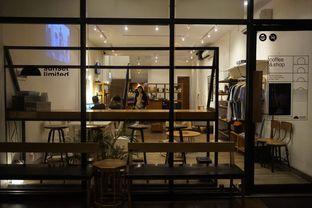 Foto 15 - Interior di Sunset Limited oleh yudistira ishak abrar