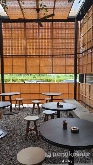 Foto 1 - Eksterior(Area non ac) di Soth.Ta Coffee oleh Audry Arifin @makanbarengodri