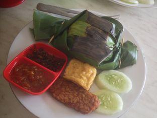 Foto 1 - Makanan(Nasi Bakar) di Nasi Bakar Roa oleh Komentator Isenk