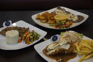 Foto 10 - Makanan di RAY'S Steak & Grill oleh yudistira ishak abrar