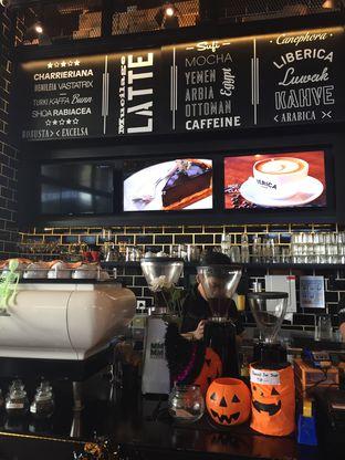 Foto 2 - Interior di Liberica Coffee oleh Theodora