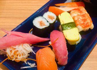 10 Sushi enak di Surabaya yang Wajib Dikunjungi