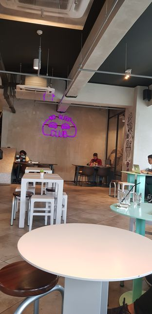 Foto 4 - Interior di GrindJoe Coffee - Moxy Hotel oleh Widya WeDe   My Youtube: widya wede