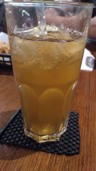 Foto 2 - Makanan(Ice Lemon Tea) di The People's Cafe oleh Andi M