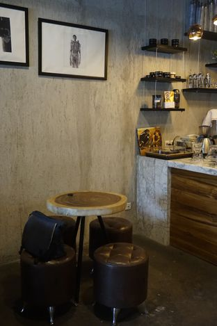 Foto 6 - Interior di Manhattan Coffee oleh yudistira ishak abrar