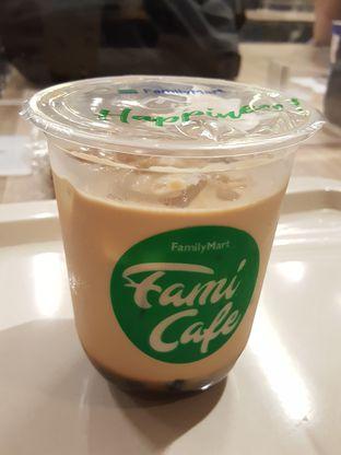 Foto 9 - Makanan di FamiCafe oleh Stallone Tjia (@Stallonation)