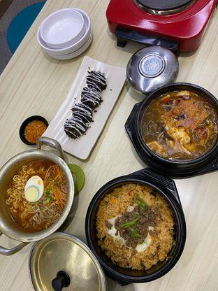 Foto 2 - Makanan di Chingu Korean Fan Cafe oleh Nadhira Lutfiah