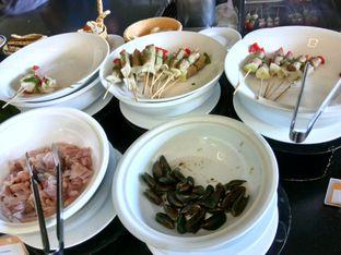 Foto 1 - Makanan di The Square - Hotel Novotel Bandung oleh Henie Herliani