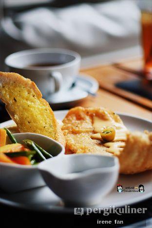 Foto 3 - Makanan(Manhattan Fish N Chips) di B'Steak Grill & Pancake oleh Irene Stefannie @_irenefanderland