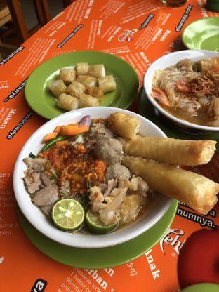 Foto 1 - Makanan di Soto Mie Bogor Bang Asan oleh Stefanus Hendra