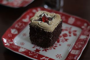 Foto 7 - Makanan di Papa & Mama Bistro and Coffee oleh thehandsofcuisine