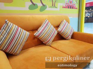 Foto 4 - Interior di Hellow Mango oleh EATIMOLOGY Rafika & Alfin