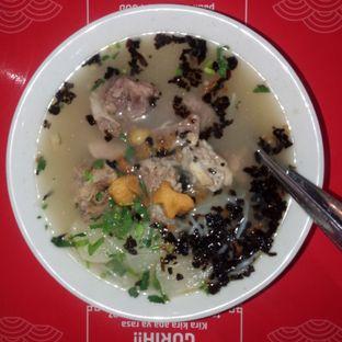 Foto - Makanan di Soto Mie Bakut Sukabumi Ko Ricky oleh Chris Chan