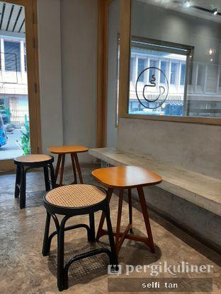 Foto 3 - Interior di Gramasi Coffee oleh Selfi Tan