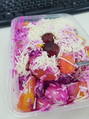 Foto review SABU (Salad Buah Premium) oleh Yuli || IG: @franzeskayuli 1