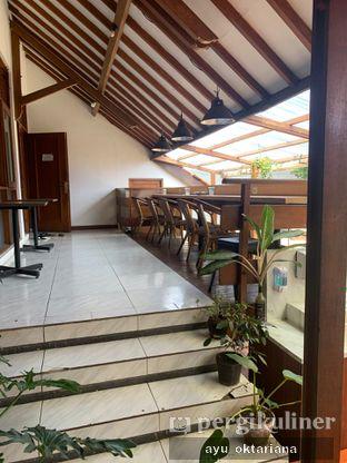 Foto 3 - Interior di Jatinangor Coffee oleh a bogus foodie
