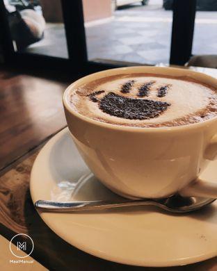 Foto 1 - Makanan(Cappuccino) di Red Blanc Coffee & Bakery oleh Laurent C (@MealManual)