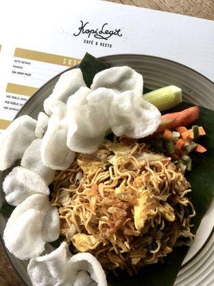 Foto 7 - Makanan di Kopi Legit oleh Prido ZH